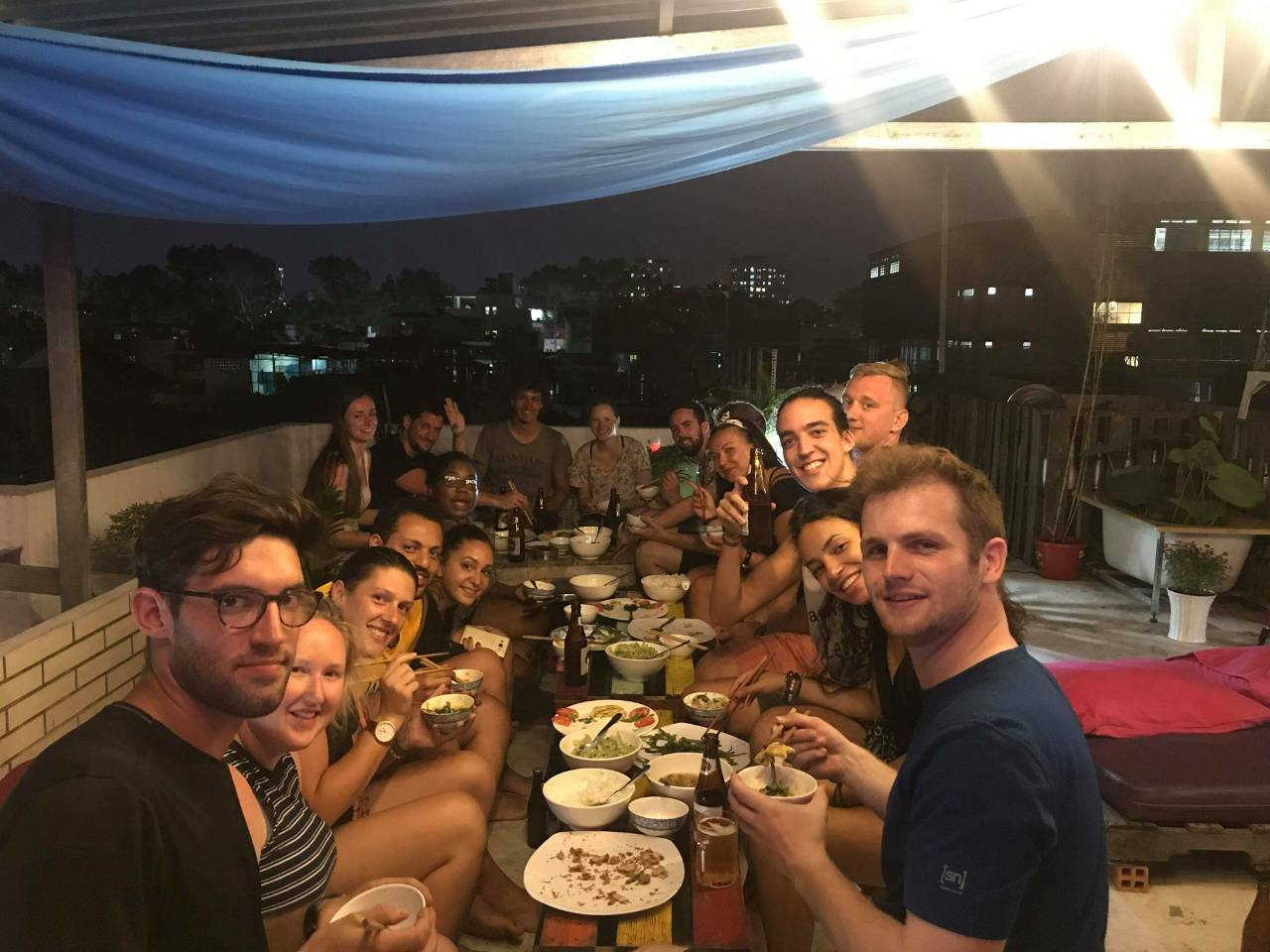 Family Dinner DaBlend Hostel Rooftop